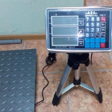 Весы складские платформенные электронные TCS-T-1T 1000 кг